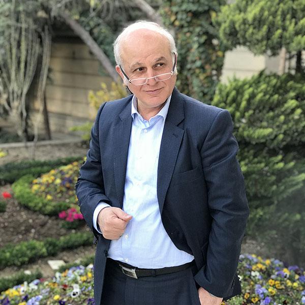 دکتر محمود توانا
